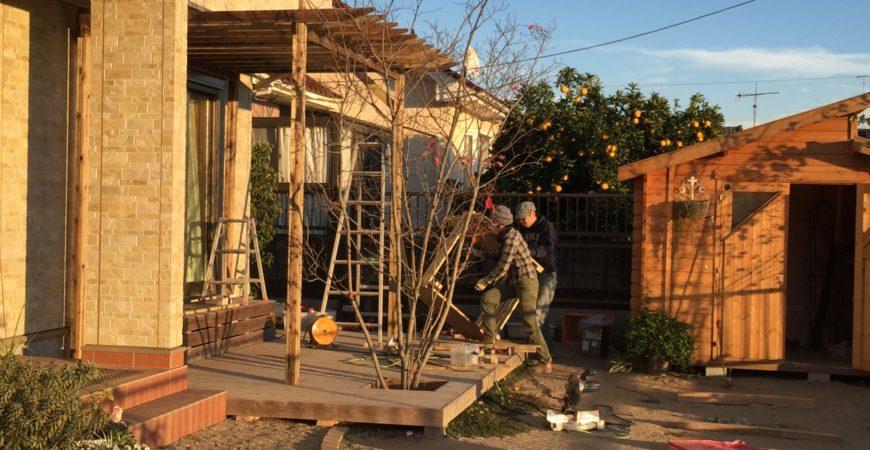 パーゴラを増築する |埼玉県深谷市 I様邸のウッドデッキの増築工事