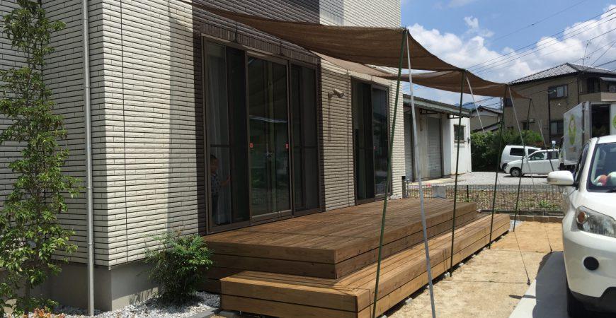 ウッドデッキのオーニング取付け工事 | 埼玉県秩父市Y様邸のエクステリア、外構、植栽工事