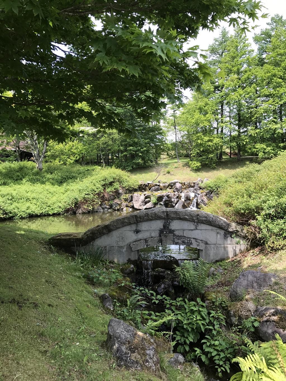 庭園や森の散策道