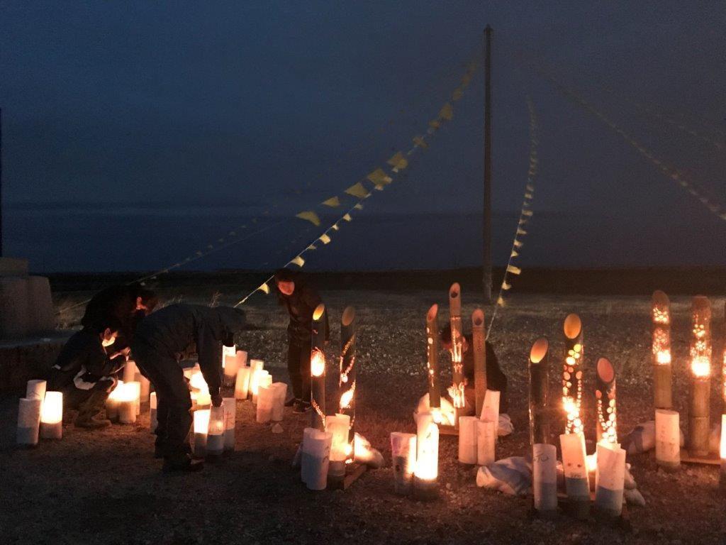 紙や竹で心を込めて作られた灯籠