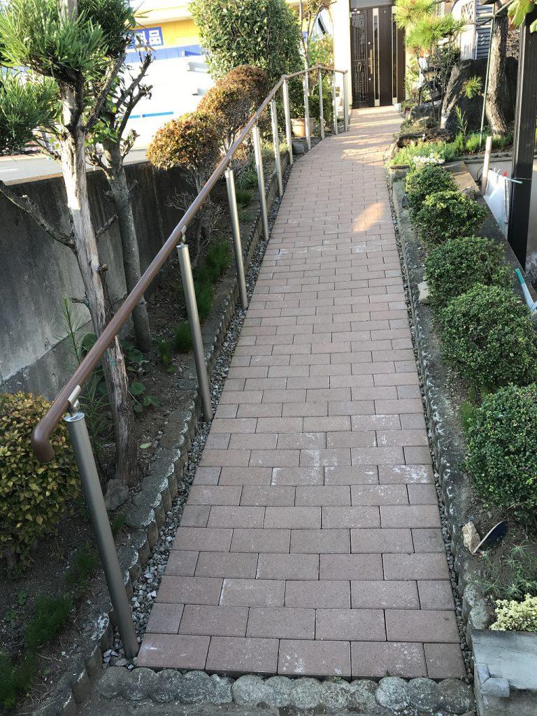 インターロッキングを使った福祉住環境のスロープ改修工事|埼玉県東松山市のH様邸にてエクステリア工事